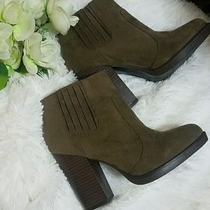 ZARA AW' 13 BOOTIES SIZE 41 FITS A SIZE 10
