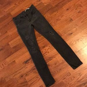 Zara Medium Rise Destroyed Skinny Jeans