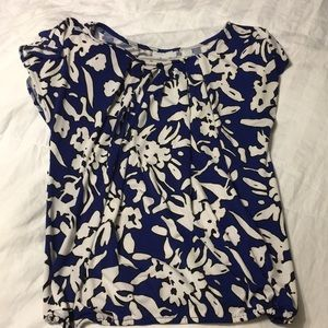 New York & company blue and white floral XS shirt