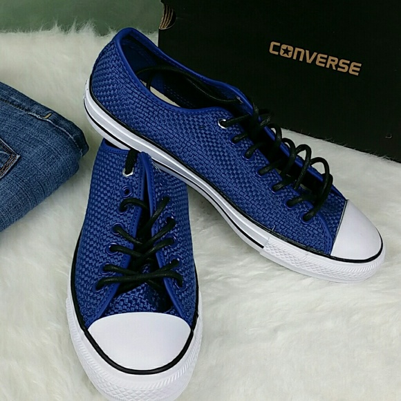d92b80f7684 Converse Men s Chuck Taylor All Star Seasonal Ox