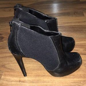 Jessica Simpson black boot heels