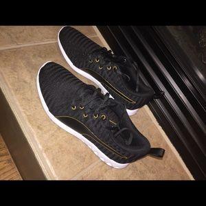 Puma gym shoe