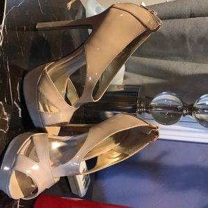 Size 8 beige forever 21 high heels