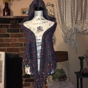 CAbi hooded shawl