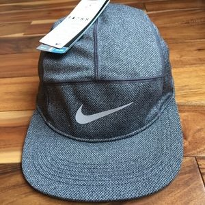 Nike Dri Fit Adult Unisex Running Hat, NWT Cap