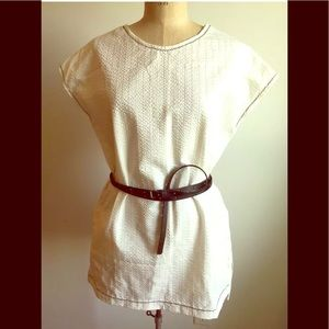 White tunic with pockets (belt not included)