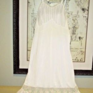 TRILLIUM Pleated Full Slip Gown Floral Embroidery