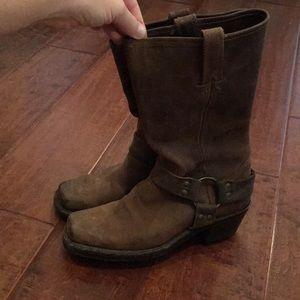 FRYE harness boot brown 7.5