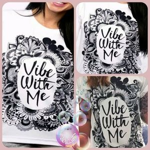 Tops - Vibe With Me Graphic Short Sleeve T-Shirt