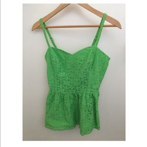 Gorgeous Lilly Pulitzer green lace top