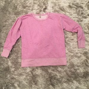 Long sleeve scoop neck pullover