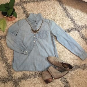 Gap 3/4 Button-Up Light Denim Shirt