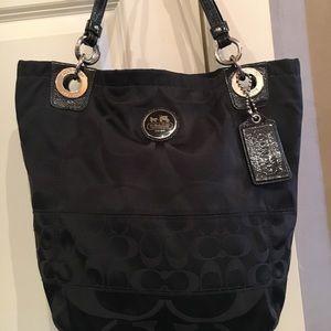"""Coach bag. Classic """"C"""" tote!"""