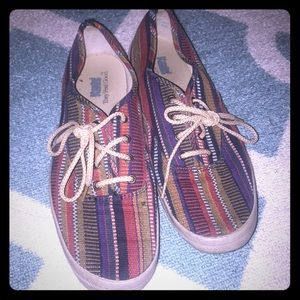 Keds tribal print sneaks 8.5 with tan laces tan