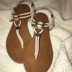 • Madden Girl Peach Nude Sandal •