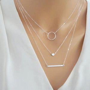 Jewelry - 3 Tiered Beauty