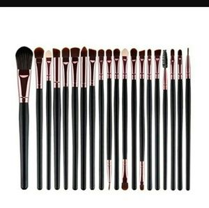 New 20 piece make up brush set! Offers welcome