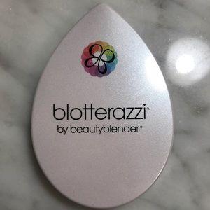BNIB Beauty Blender Blotterazzi