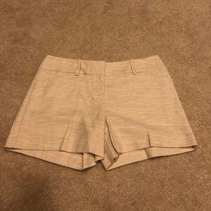 LOFT linen blend shorts in size 8. NWT