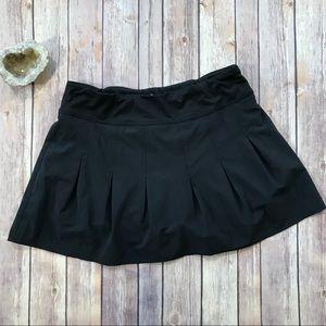 Athleta black pleated running skirt skort shorts M