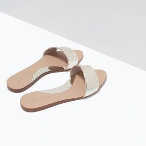 Elegant Zara golden Sandal NWOT