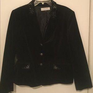 Black Velvet Beaded Tahari Blazer Size 18.