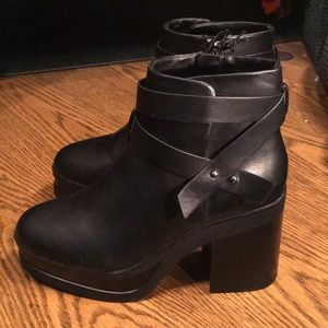 NWT F21 PLATFORM FAUX LEATHER BOOTIES