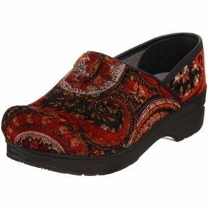 Dansko Professional Vegan Clog in Red Tapestry