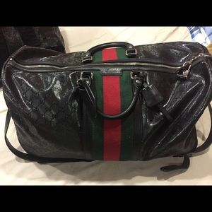 Authentic gucci duffle travel bag