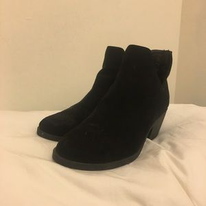 Black Ankle high booties