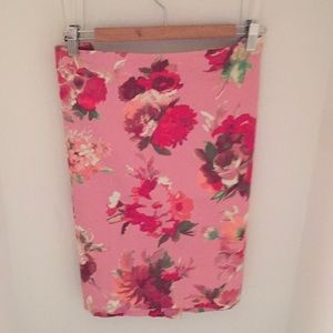 Talbots pretty pink floral pencil skirt size 16p