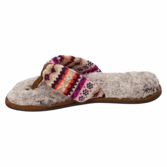 dearfoams thong slippers