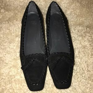 Stuart Weitzman Suede Tassel Kitten Heel Shoes 7.5
