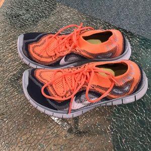 Niki 3.0 Free Flyknit Running Shoes women's size 5