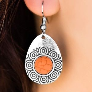 Jewelry - Etched in Stone Earring