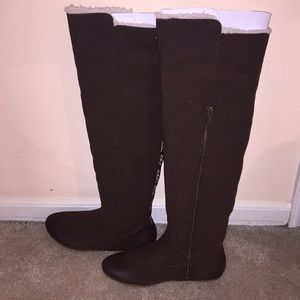 Roxy women's brown boots, size 6.5 US
