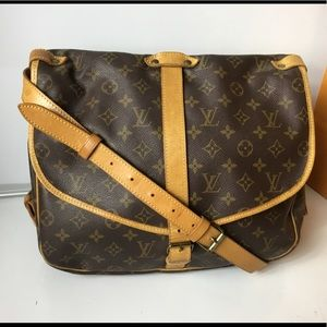 100%Authentic Louis Vuitton 1992 Vintage Saumur 35