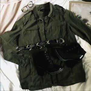 F21• Army Green AztecPrint Military inspiredJacket