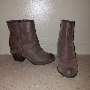 NEW Fergalicious booties