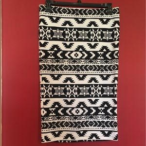 Express Aztec Pencil Stretch Pull-On Styling