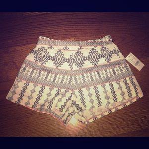 LA Hearts fabric patterned shorts, NWT, xs