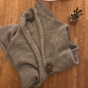 F21 gray thick knot button cardigan