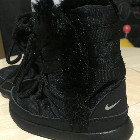 nike youth snow boots \u003e Up to 76% OFF