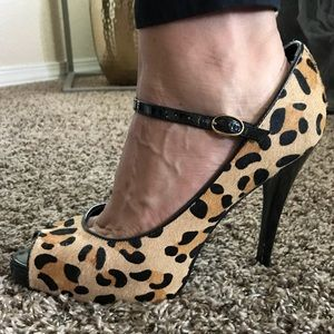 Leopard Print Strap Peep Toes