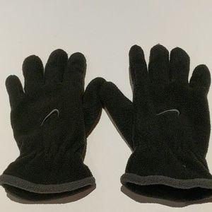 buy best super specials latest discount Nike Other | Boys Fleece Winter Gloves | Poshmark