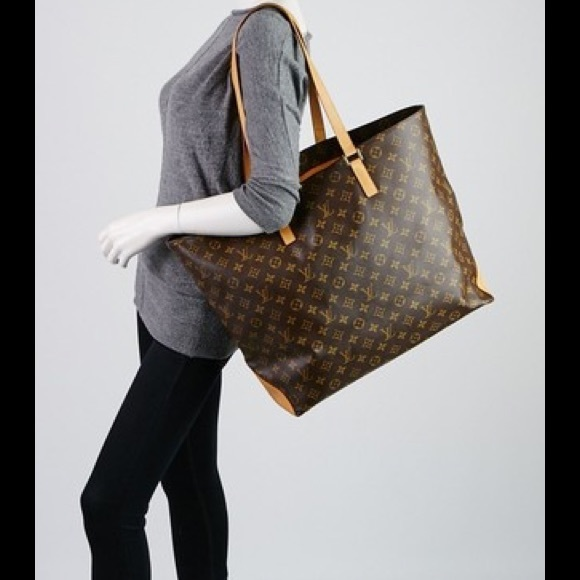 383b03a0fda5 Louis Vuitton Handbags - 100% Authen Louis Vuitton Cabas Alto Shoulder Bag
