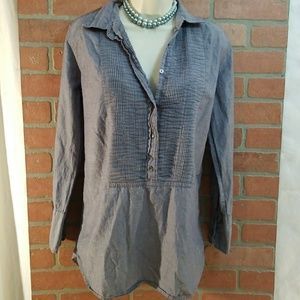 J. Crew women Size Small grey button up long sleev