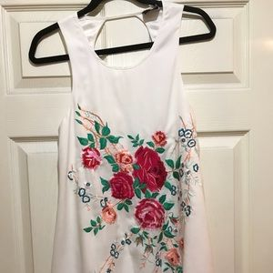 White dress with Embroider flowers