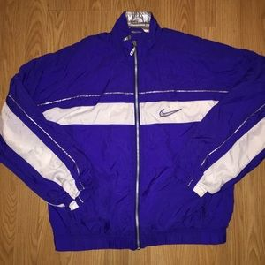 Vintage NIKE full zip up jacket ladies small