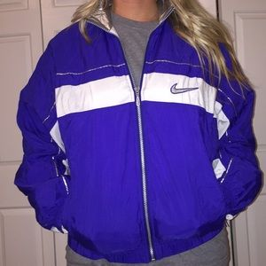 Vintage NIKE full zip up jacket ladies small